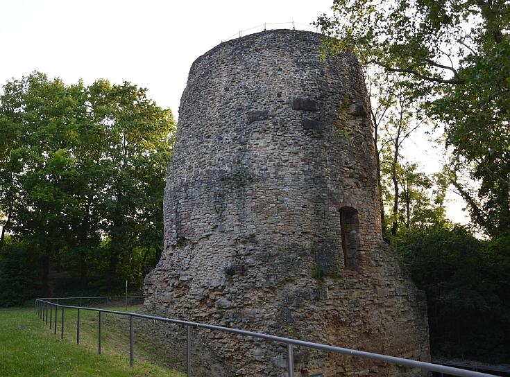 Römischer Drususstein soll wieder erlebbar werden - Grabmal des römischen Feldherrn Drusus wird teilrekonstruiert - Neuer Platz bis 2020
